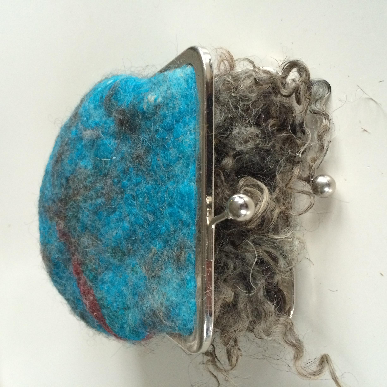 portemonnaie van Ruw & Ruig streekdiezijn vilten objecten